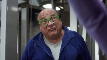 QuickBooks TV Spot, 'Small-Business Owners: Backing Jody Pardue' Featuring Danny DeVito - Thumbnail 8
