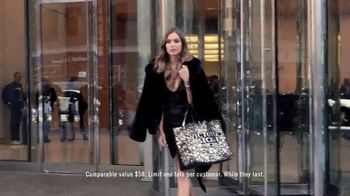 Victoria's Secret TV Spot, '2018 Fashion Show Bag' - Thumbnail 6