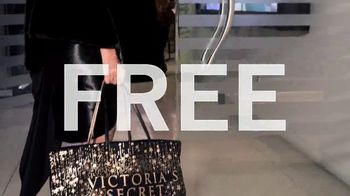 Victoria's Secret TV Spot, '2018 Fashion Show Bag' - Thumbnail 8