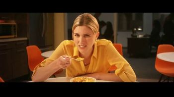 Honey Bunches of Oats TV Spot, 'Afternoon Snack Breaks' - Thumbnail 5