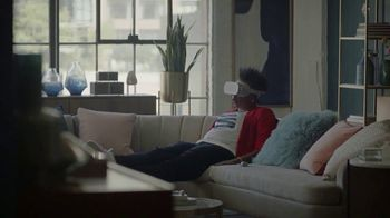 Oculus VR TV Spot, 'Sword' Featuring Leslie Jones & Awkwafina - Thumbnail 3