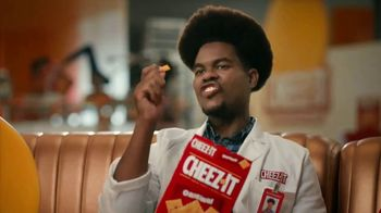 Cheez-It TV Spot, \'Who\'s Winning the Cheez-It Bowl?\'