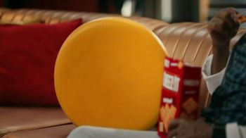 Cheez-It TV Spot, 'Who's Winning the Cheez-It Bowl?' - Thumbnail 3
