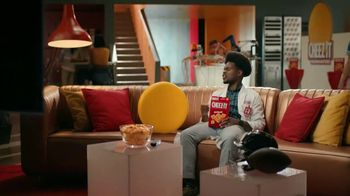 Cheez-It TV Spot, 'Who's Winning the Cheez-It Bowl?' - Thumbnail 4