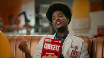 Cheez-It TV Spot, 'Who's Winning the Cheez-It Bowl?' - Thumbnail 5