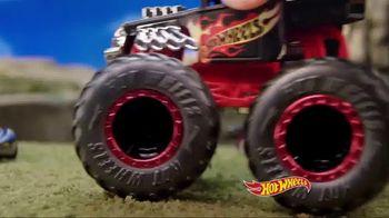 Hot Wheels Monster Trucks TV Spot, 'Go Big' - Thumbnail 4