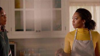 Walmart TV Spot, 'Bad Mama Jama' Song by Carl Carlton - Thumbnail 6