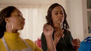 Walmart TV Spot, 'Bad Mama Jama' Song by Carl Carlton - Thumbnail 7