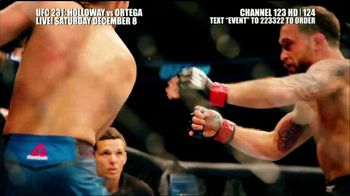 DIRECTV TV Spot, 'UFC 231: Holloway vs. Ortega' - Thumbnail 6