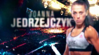 DIRECTV TV Spot, 'UFC 231: Championship Double Header' - Thumbnail 8