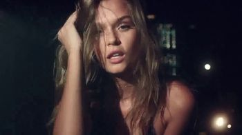 Victoria's Secret Bombshell TV Spot, 'What's a Bombshell?' Featuring Sara Sampaio, Elsa Hosk, Martha Hunt - Thumbnail 5