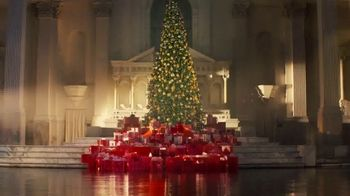 Victoria's Secret TV Spot, '2018 Holidays: Favorite Time of the Year' - Thumbnail 1