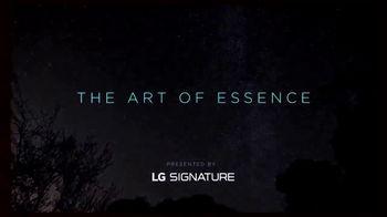 LG Signature TV Spot, 'CNN: Light' Featuring Suki Chan - Thumbnail 8