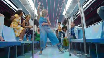 Old Navy TV Spot, 'Hi, Fashion: Spring Fashions' - Thumbnail 10
