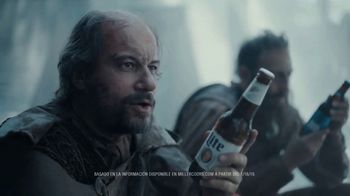 Bud Light TV Spot, 'Exploradores hablando de ingredientes de cervezas.' [Spanish] - Thumbnail 2