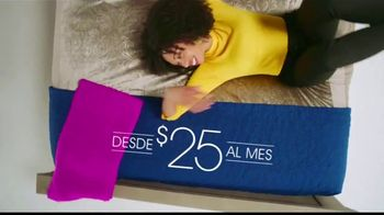 Rooms to Go Venta por el Aniversario TV Spot, 'Tu mejor noche' canción de Portugal. The Man [Spanish] - Thumbnail 5
