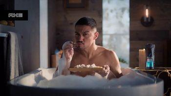 Axe TV Spot, 'En la tina: sushi' [Spanish]