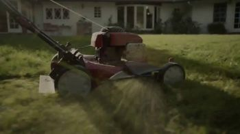 Northwestern Mutual TV Spot, 'Spend Your Life Living: Backyard Bliss' Song by Flo Rida - Thumbnail 1