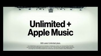 Verizon TV Spot, 'Blake and Chris: iPhone BOGO' - Thumbnail 7