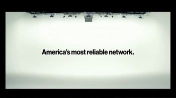 Verizon TV Spot, 'Blake and Chris: iPhone BOGO' - Thumbnail 5