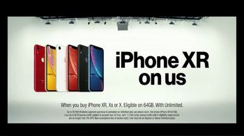 Verizon TV Spot, 'Blake and Chris: iPhone BOGO' - Thumbnail 6