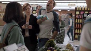Hershey's Kisses TV Spot, 'Heartwarming the World: Easter Egg Hunt' Song by Roger Hodgson - Thumbnail 7