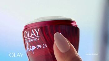 Olay Regenerist Whip SPF 25 TV Spot, 'Busy Phillips and Her SPF' - Thumbnail 6