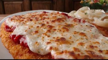 Olive Garden TV Spot, 'Giant Italian Classics: Biggest Classics Ever' [Spanish] - Thumbnail 1