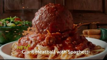 Olive Garden TV Spot, 'Giant Italian Classics: Biggest Classics Ever' - Thumbnail 5