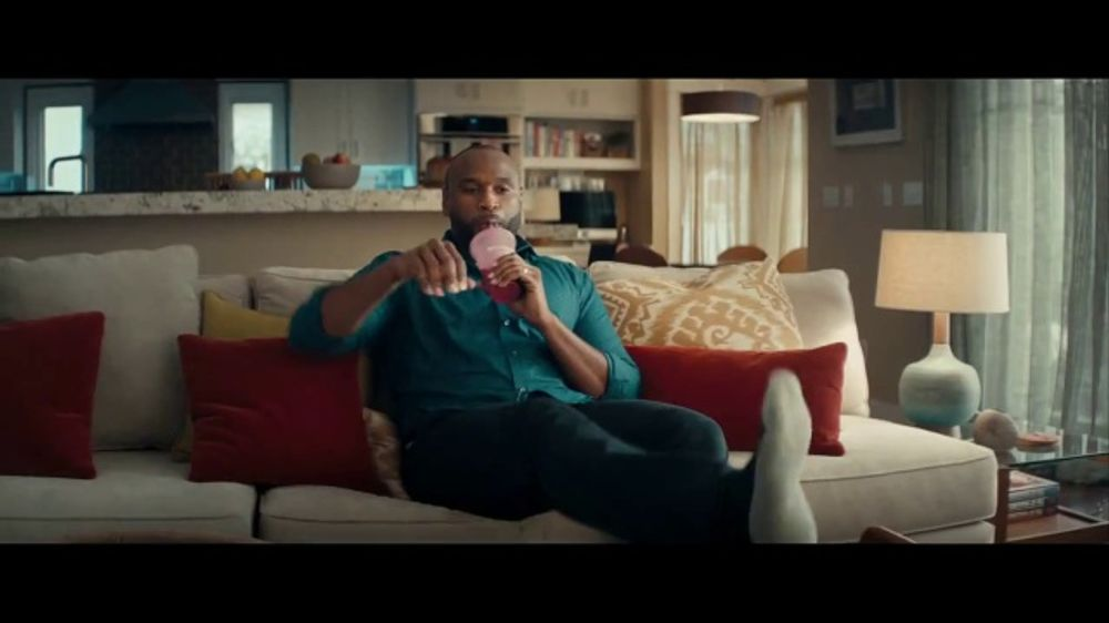 Wells Fargo Control Tower TV Commercial, 'This Is Jerry' - Video