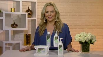 Olay Sensitive Cleansing Collection TV Spot, 'Changing Seasons' Featuring Carmindy - Thumbnail 1