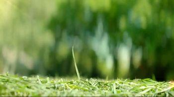 STIHL TV Spot, 'Lawn Orchestra: Hedge Trimmer and Blower' Song by Nikolai Rimsky-Korsakov - Thumbnail 4