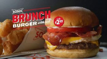 Sonic Drive-In Brunch Burger TV Spot, 'E! Trending Topics' - Thumbnail 10