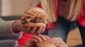 Wendy's Made to Crave Menu TV Spot, 'Surrender Cobra' - Thumbnail 7