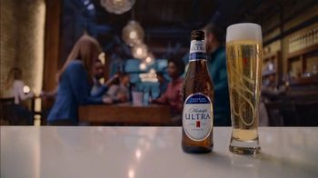 Michelob ULTRA TV Spot, 'Artificial Devices: Mistaken Call' - Thumbnail 5