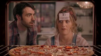 Papa Murphy's Pizza $5 Fridays TV Spot, 'Game Night' - Thumbnail 5