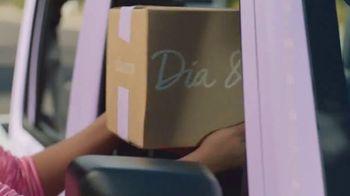 Dia & Co TV Spot, 'Road Couturier' - Thumbnail 3