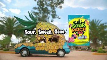 Sour Patch Kids Tropical TV Spot, 'Pineapple' - Thumbnail 10