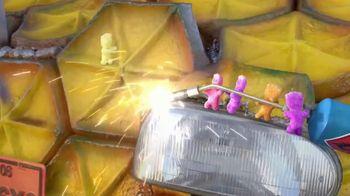 Sour Patch Kids Tropical TV Spot, 'Pineapple' - Thumbnail 6