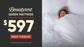 Mattress Firm Sign & Sleep Event TV Spot, 'Final Days: 0 Percent Interest' - Thumbnail 6