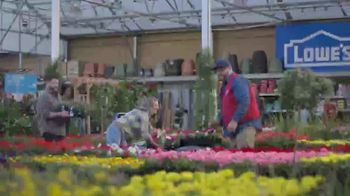Lowe's TV Spot, 'Spring: Fertilizers' - Thumbnail 1