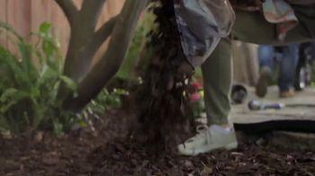 Lowe's TV Spot, 'Spring: Fertilizers' - Thumbnail 6
