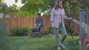 Lowe's TV Spot, 'Spring: Fertilizers' - Thumbnail 7
