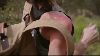 Duluth Trading Company Sol Survivor Collection TV Spot, 'Shirt' - Thumbnail 2