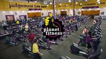 Planet Fitness TV Spot, 'Sideways Pull Ups' - Thumbnail 9