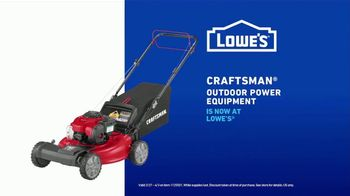 Lowe's TV Spot, 'Do It Wright Playbook: Lawn Care' Featuring Jay Wright - Thumbnail 8