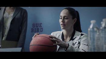 Symetra TV Spot, 'Jibber Jabber: Meeting Your Hero' Featuring Sue Bird - Thumbnail 2