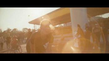Mercedes-Benz GLE TV Spot, 'In the Long Run' Song by Michael Kiwanuka [T1] - Thumbnail 8
