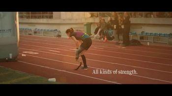 Mercedes-Benz GLE TV Spot, 'In the Long Run' Song by Michael Kiwanuka [T1] - Thumbnail 9