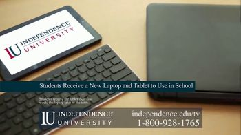Independence University TV Spot, 'The Dreamers' - Thumbnail 7